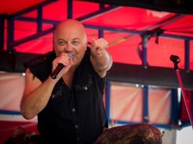 Adam Thompson - former lead singer of Chocolate Starfish - had the crowd on its feet